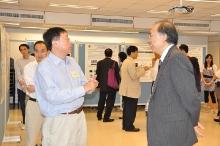 RGC Visit to School of Biomedical Sciences (17 June 2010)_32