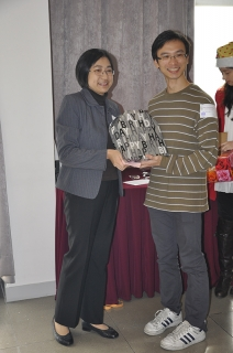 SBS Christmas Party 2010_87