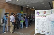 Postgraduate_research_day_2013_155